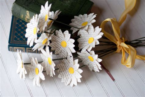 How To Make Recycled Paper Flowers - how to make paper flowers for wedding 5 stunning diy ideas