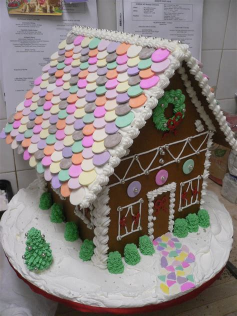 gingerbread obsessed with gingerbread houses pinterest