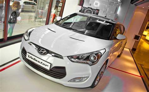 Hyundai Shopping Hyundai Switches Window Shopping At Harrods Up A Gear