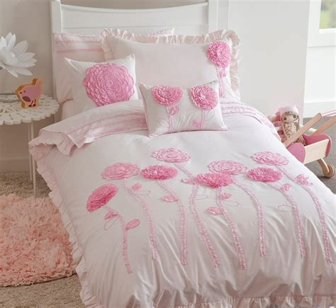 elegant pink kids bedroom with hoot 3d flowers comforter