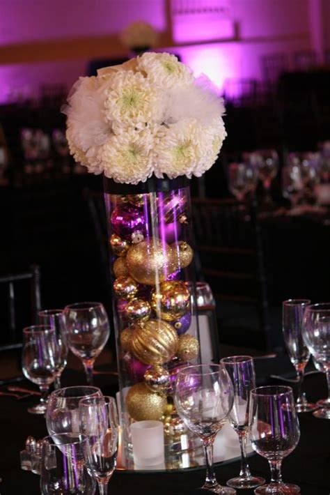 Wedding Centerpieces With Christmas Balls Wedwebtalks Balls Centerpieces Wedding