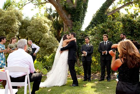 Hilary Mark S Botanic Garden Wedding Nouba Com Au Botanical Gardens Melbourne Wedding