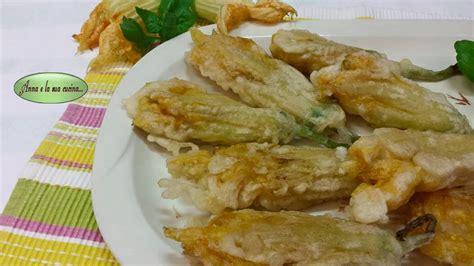 ricetta per fiori di zucca fritti fiori di zucca ripieni e fritti in pastella e la