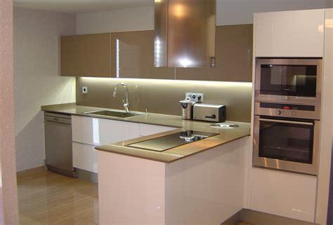 imagenes de cocinas integrales blancas innovaci 243 n en dise 241 o de cocinas blancas sobre cocinas