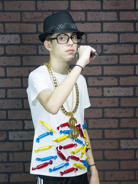 Hgtv Home Design For Mac by Easy Budget Halloween Costume Hip Hop Candy Rapper How
