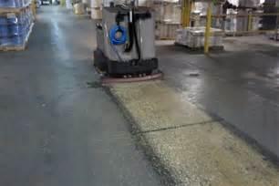 floor scrubber sweeper xr rider floor scrubber sweeper