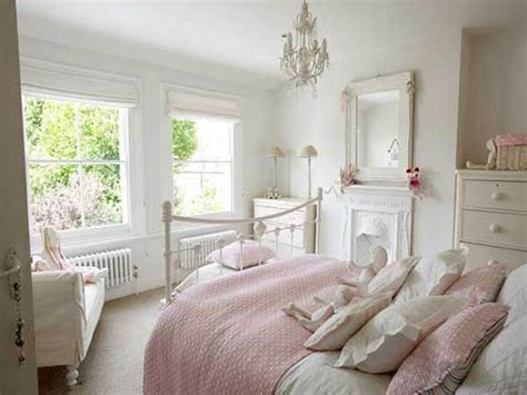 White Ideas by White Bedroom Decor Ideas Simple White Bed Simple White