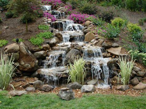 garten wasserfall ideen wasserfall im garten selber bauen und die harmonie der