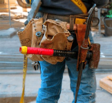 tool belt setup how to wear a tool belt with suspenders ultimate guide