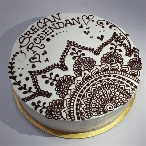 henna design on cake natalys cookies s photo on instagram henna cake sweets