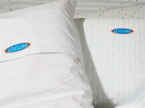 especialistas en almohadas  edredones