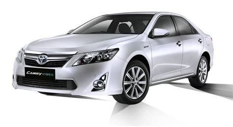 india toyota camry price toyota camry hybrid specification price in india