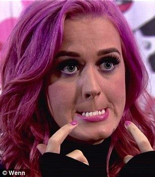 Wants To Get Eye Fixed by Katy Perry Would Rather Live With Crooked Teeth Than Wear