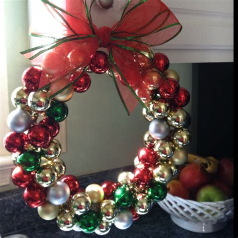 bauble wreath crafts i like pinterest