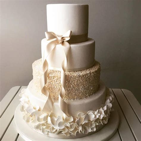 Wedding Cake Uk by Beautiful Artisan Wedding Cakes From Liggys Cake Company