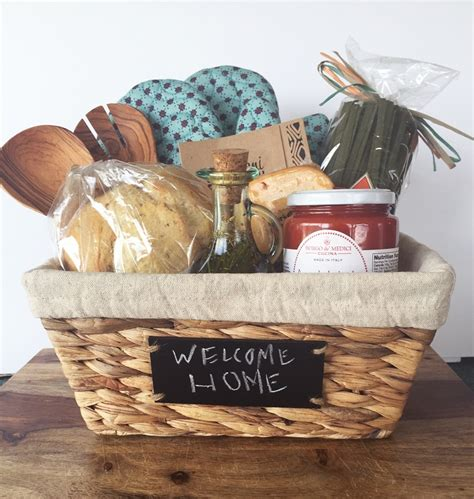 best housewarming gift top 10 diy creative and adorable gift basket ideas top