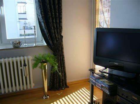 wandfarbe grau blau blau grau wandfarbe wohnzimmer raum und m 246 beldesign