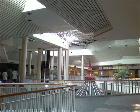 l store springfield va springfield mall springfield virginia labelscar