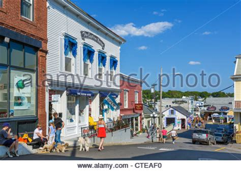 lincoln maine restaurants maine coast boothbay harbor shops restaurants stock photo