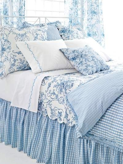 Ideas For Toile Quilt Design Pixtal Peep Ideas For Decorating With Toile Bedrooms Bedding Guest Bedrooms