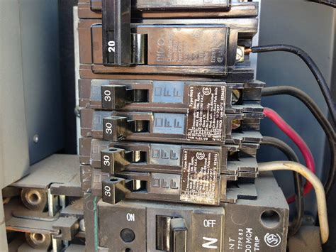 electrical using a 30 tandem circuit breaker for a