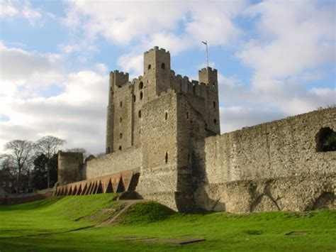 curtain wall castle facts file rochester castle keep 2003 jpg wikipedia
