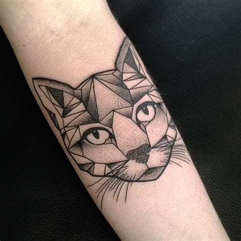 tattoo geometric instagram aston reynolds on instagram geometric cat tattoo from