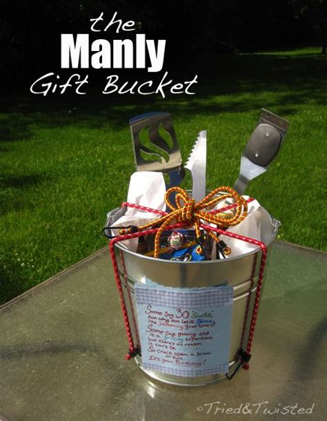 Gifts For Or With 2 by Best 25 Gift Baskets For Ideas On