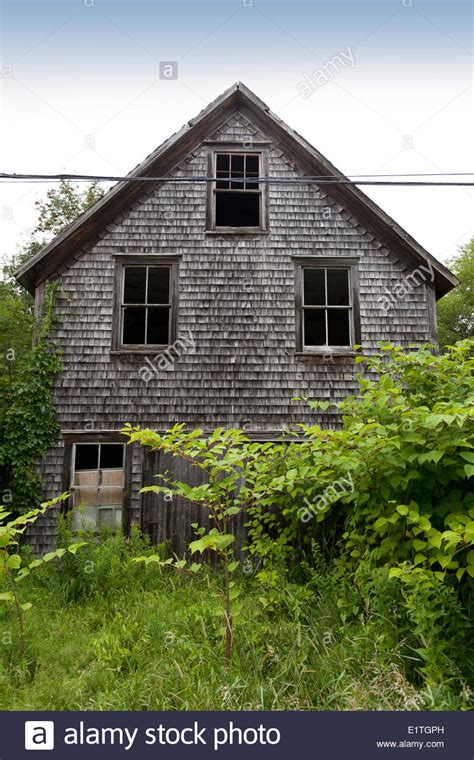 buying a house in new brunswick an old abandoned house in new brunswick stock photo royalty free image 69996153 alamy