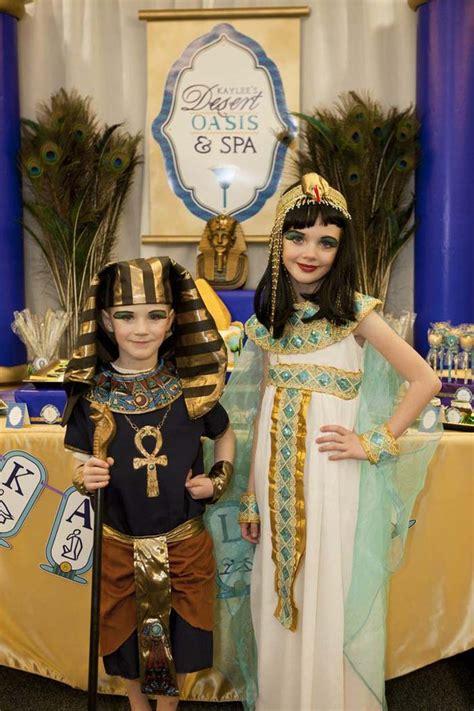 cleopatra biography bottle kara s party ideas egyptian spa party via kara s party