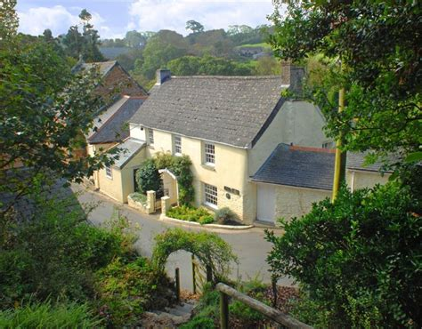 Watergate Bay Cottage by 1000 Ideas About Luxury Cottages On