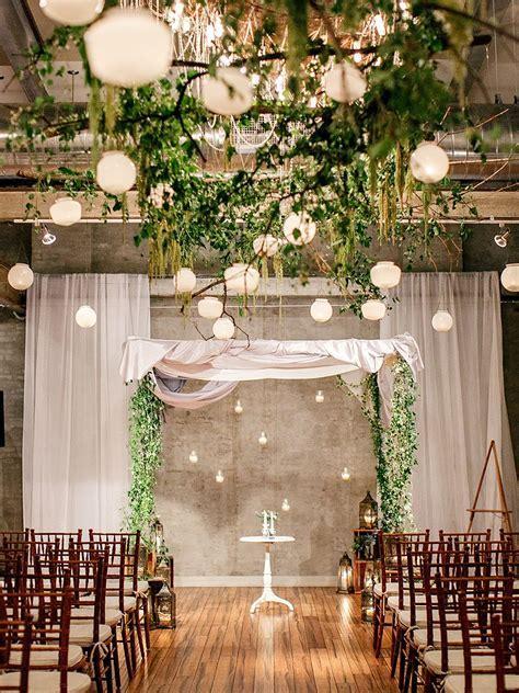 17 Creative Indoor Wedding Arch Ideas