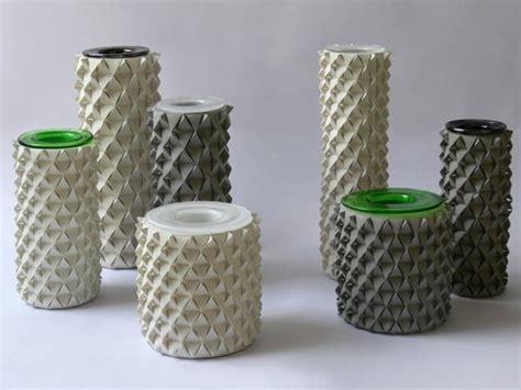 Make A Vase Into A L by Palmas Vase Origami B 233 Ton Par Ofir Zucker Et Ilan Garibi