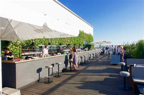 roof top bars berlin berlin die sch 246 nsten rooftop bars und dachterrassen peterstravel
