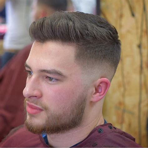 modern taper haircuts quiff hairstyles for 40 trendy mens modern quiff