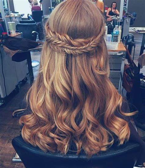 hoco hairstyles pinterest 11 best prom hair styles images on pinterest hair for