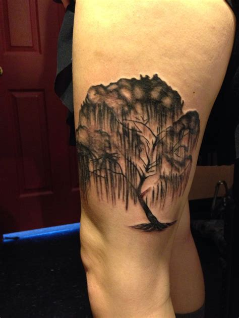 weeping willow tree tattoo willow tree by jeff harp at inksomnia tattoos