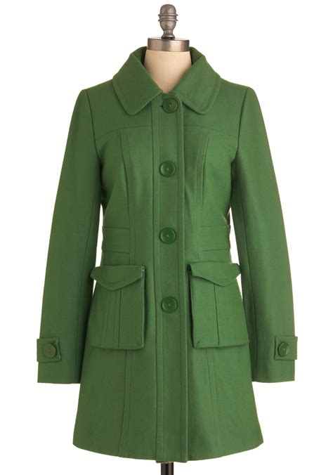 8 Coats By Tulle Clothing by Tulle Clothing Senior Copy Writer Coat In Grass Mod