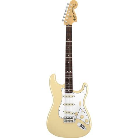 Fender Yngwie Malmsteen P fender yngwie malmsteen stratocaster rw vw guitarra