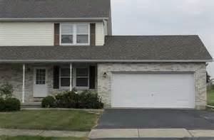 Garage Sales Yorkville Il 764 Yorkville Il 60560 Mls 09033100