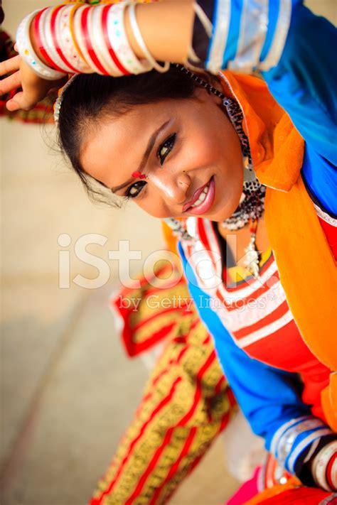 wallpaper rajasthani girl beautiful rajasthani girl stock photos freeimages com