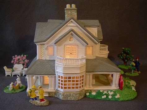 Christmas Village Lighted Ceramic House Accessories Lighted Villages