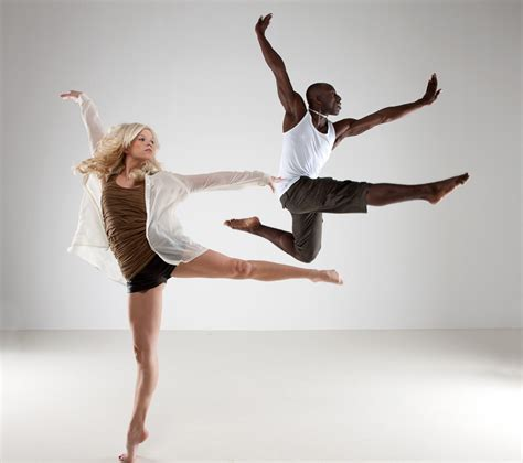 lyrical contemporary dance allows for expression of