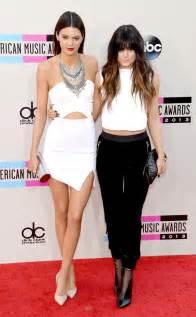 Kendall jenner kylie jenner american music awards