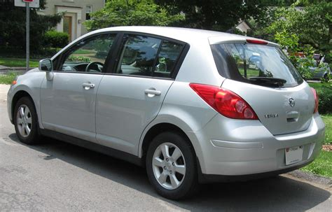 nissan tiida 2008 hatchback 2013 nissan versa hatchback pictures information and