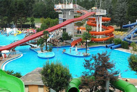 piscina cupole parco acquatico le cupole lido a cavallermaggiore