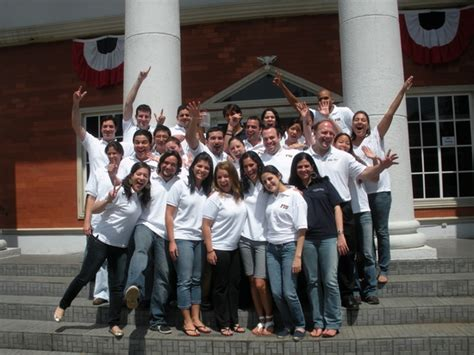 Mba Programs In Panama by Panama Students Show That Fiu School Spirit Knows No