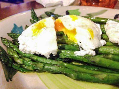 come cucinare asparagi con uova asparagi e uova pochet la cucina di miky