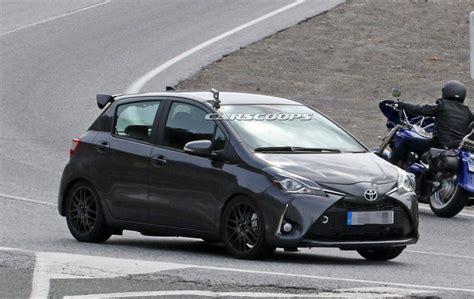 Toyota Yaris 2018 five door 2018 toyota yaris grmn snapped in europe carscoops