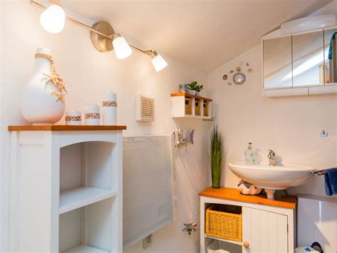 wohnung mieten günstig anthrazit farbe mit braun farbe wohnzimmer